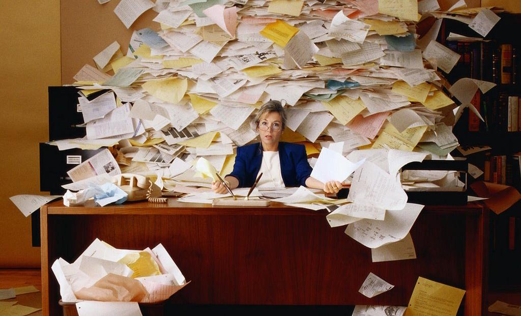 Làm sổ sách kế toán - Rà soát lại sổ sách - Quyết toán cuối năm